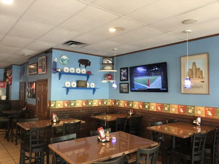 taste of buffalo pizzeria huntersville 1 768x576